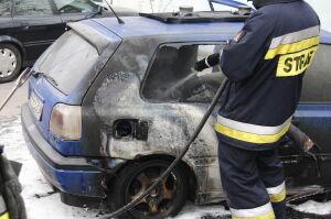 Pożar golfa przy Belwederskiej