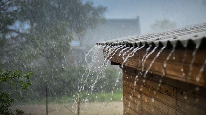 Pogodą zawładną fronty z deszczem i burzami. Utrudnienia